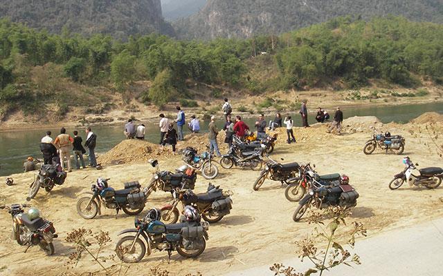 voyage moto vietnam tet