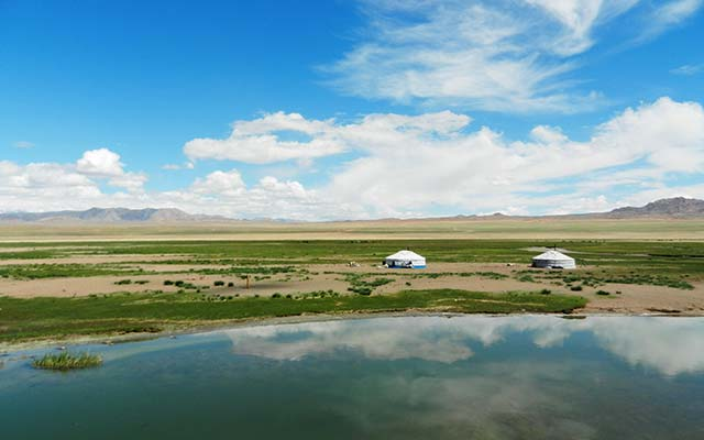 Mongolian 4x4 trip with Planet Ride