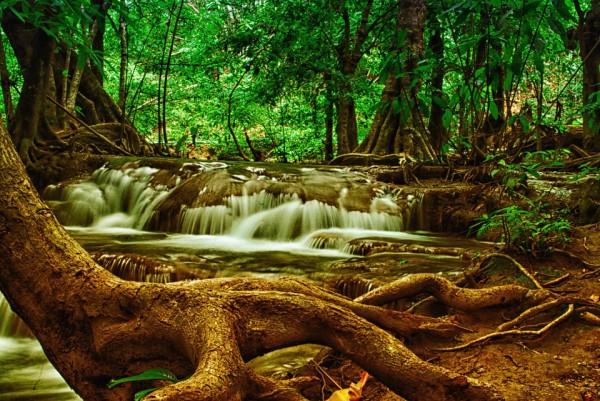 The waterfalls of Huai Mae Khamin-Travel in Thailand