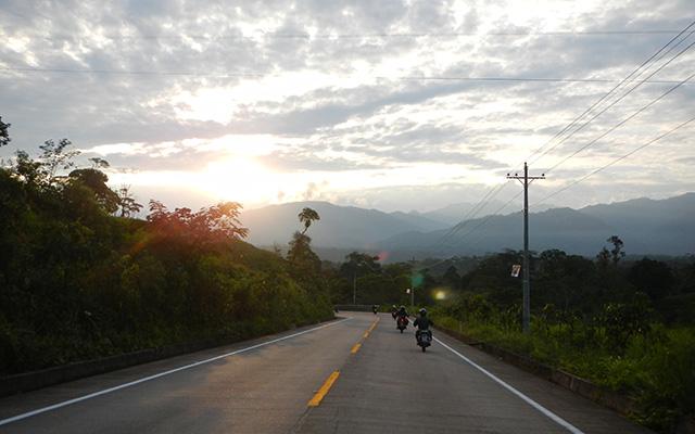 voyage moto equateur 3 mondes