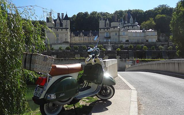 voyage scooter france val de loire