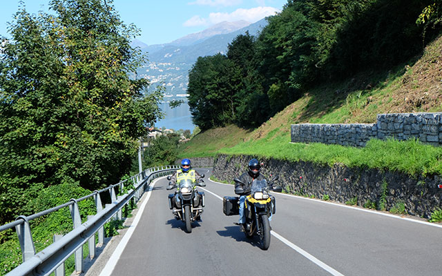 Travel in Italy with motorbike with a local travel agency