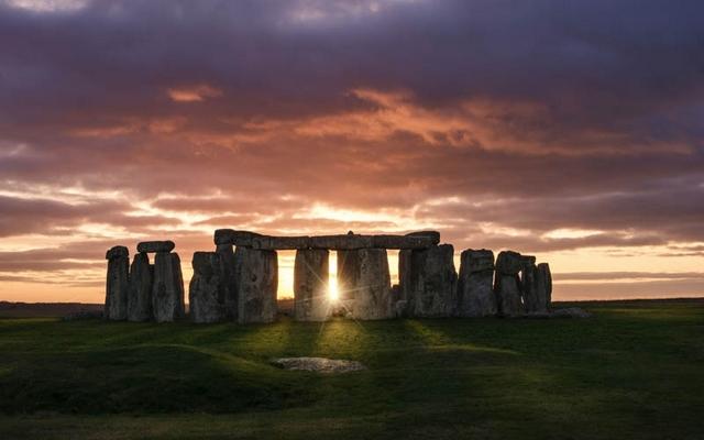 road trip uk stonehenge