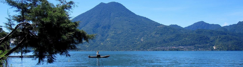 planet-ride-voyage-guatemala-moto-lac-atlilan-panorama