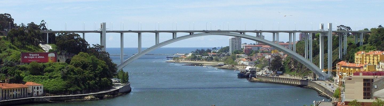 planet-ride-voyage-portugal-camping-car-porto-rivière-pont
