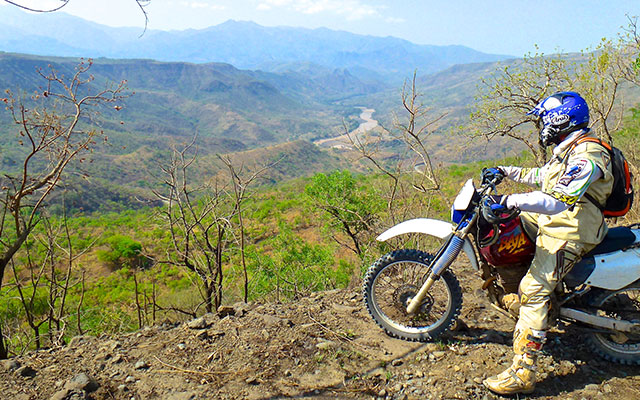 planet ride voyages moto afrique