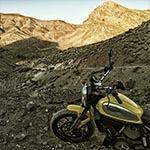 etats unis en moto : la vallee dela mort a moto