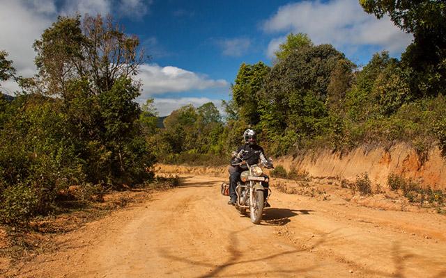 planet ride new delhi vientiane moto 7400 km transcontinentale jay