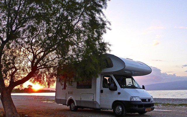 planet-ride-voyage-pologne-camping-car-véhicule
