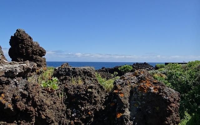 planet-ride-voyage-îles-canaries-camping-car-volcanique-paysage-las-palmas
