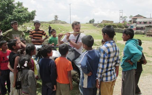 Le népal à moto, à la découverte du Mustang caché en Royal Enfield