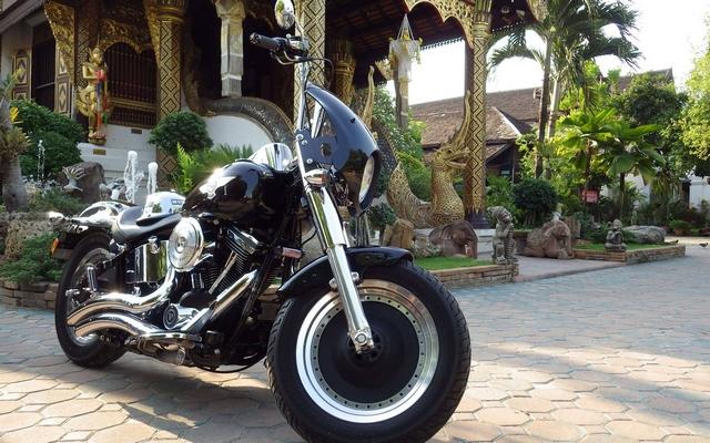 road trip moto thailande