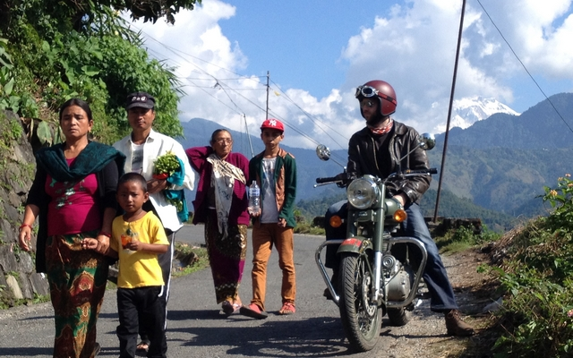 planet-ride-voyage-nepal-moto-3-population-locale