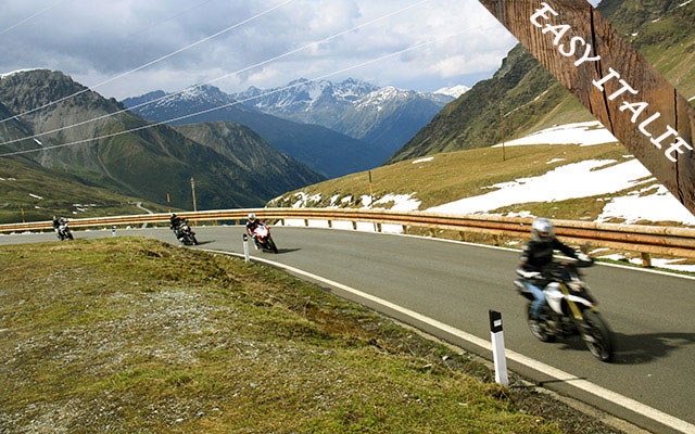 Voyage en Italie à moto avec une agence de voyage locale