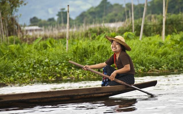 planet-ride-voyage-birmanie-moto-1-lake-p