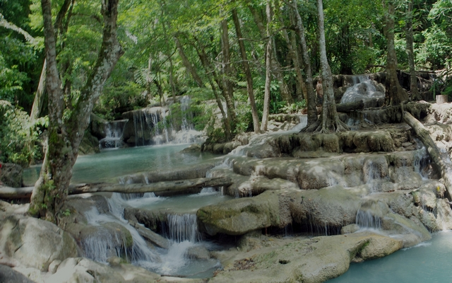 planet-ride-voyage-italie-moto-1-erawan-water-fall