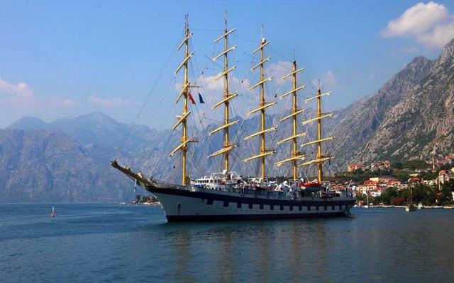 planet-ride-voyage-montenegro-moto-1-baie-kotor