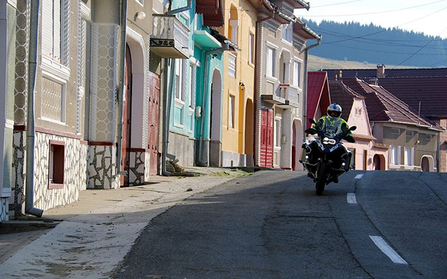 planet ride voyage moto roumanie meilleur transylvanie