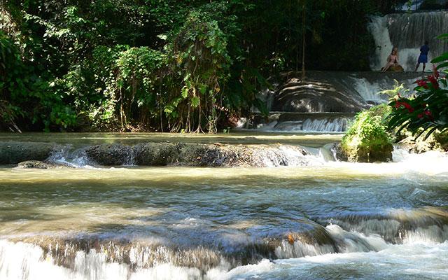 planet ride jamaïque cascades voyage 4x4