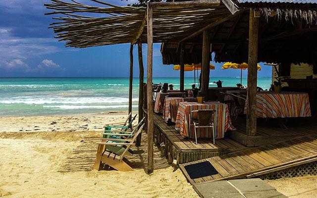 planet ride jamaïque voyage 4x4 plage ombre sieges