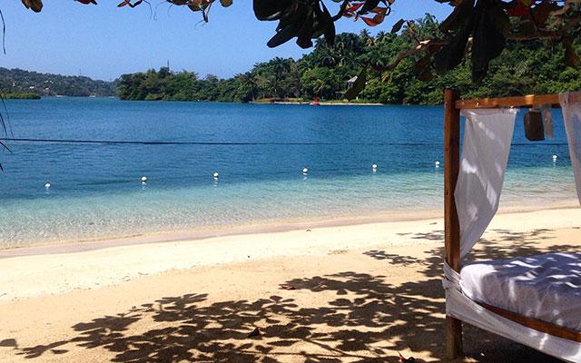 planet ride voyage 4x4 jamaïque plage lit