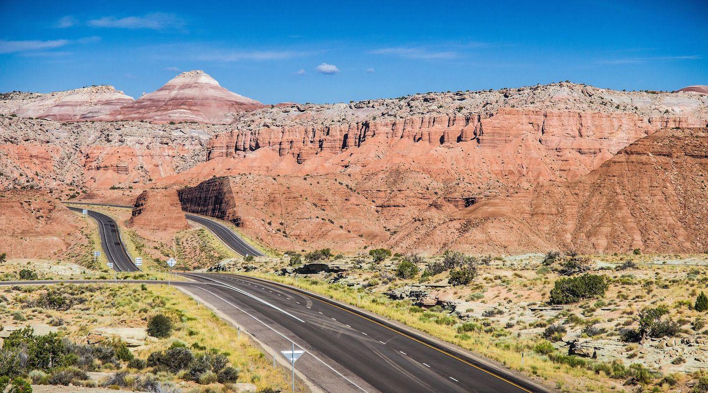 road-trip-desert