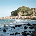 voyage moto sicile rocher de cefalu