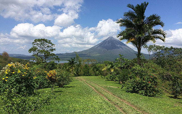 planet ride voyage moto costa rica volcan arenal