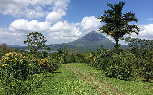 planet ride voyage moto costa rica volcan arenal