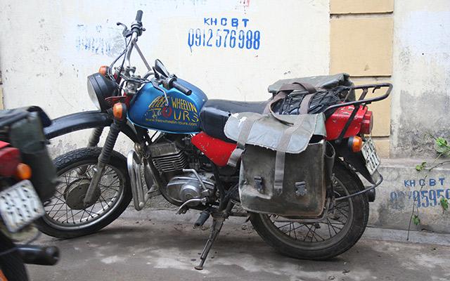 circuit moto Vietnam Minsk véhicule