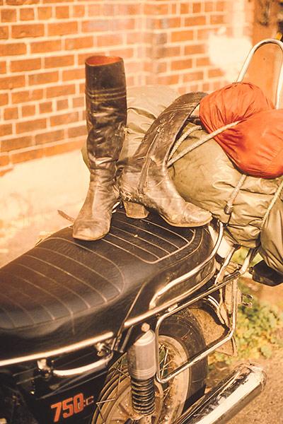 Femme moto Planet Ride