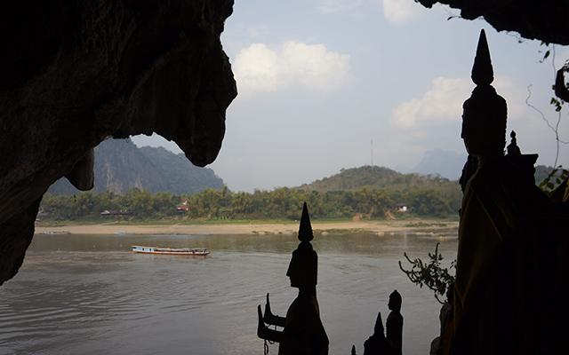 Voyage moto Laos entre montagnes et rivières