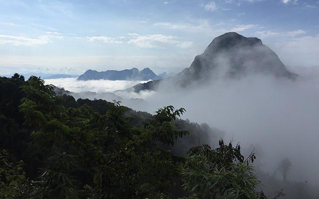 Raid 4x4 Laos