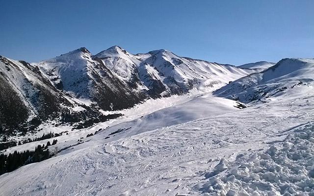 circuit Kirghizistan sommets enneigés