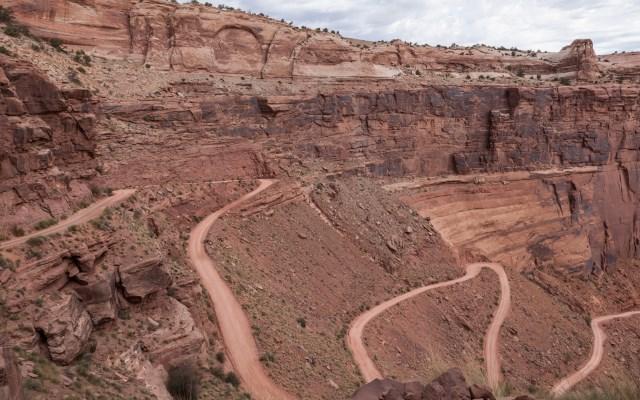 White rim road