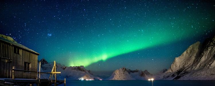 aurores borales motoneige canada