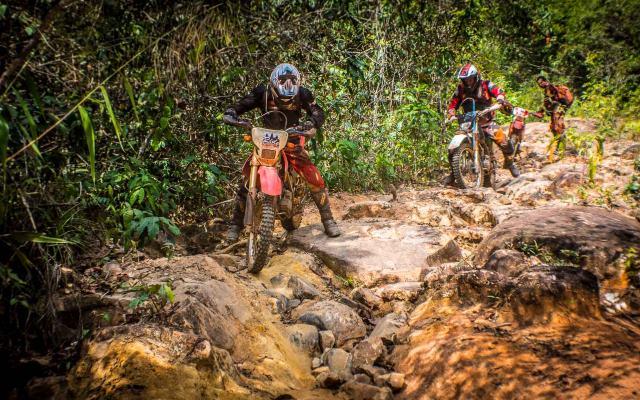 planet ride road trip moto cambodge