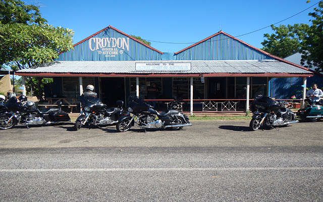 raid moto australie