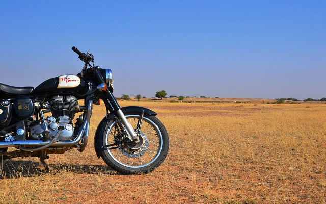 Motorcycle Road Trip >> Blog Voyage The Best Road Trips In The Royal Enfield Motorcycle